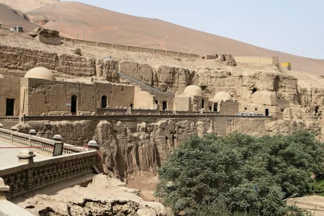 Grutas de Dunhuang – Pasajes ocultos, textos secretos y ladrones de oro