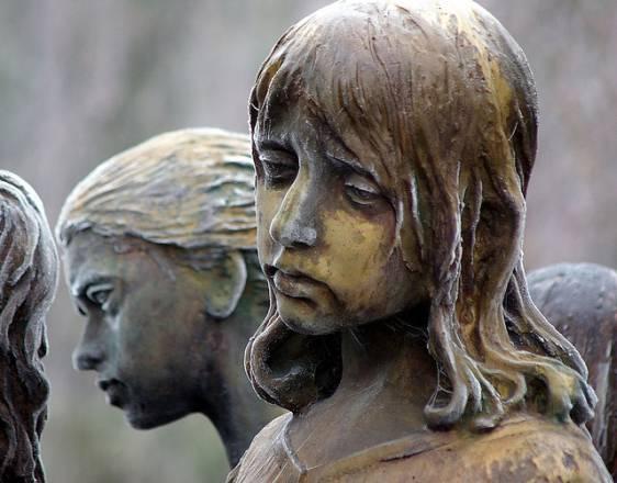 Monumento recordando la masacre de Lídice