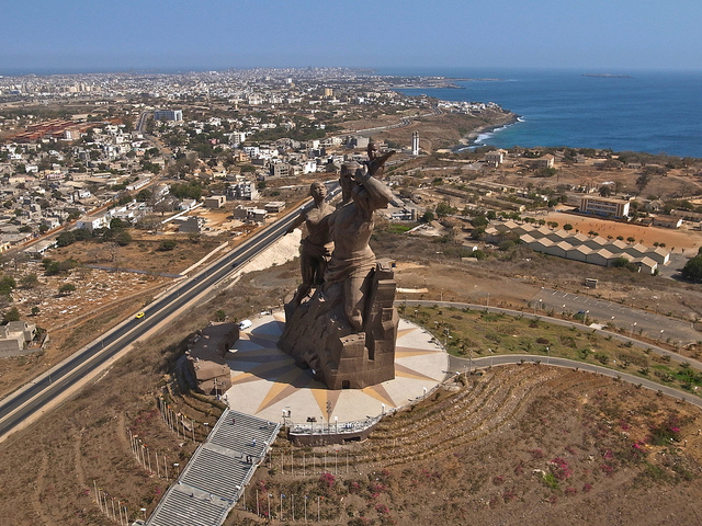 Monumento al Renacimiento Africano - Dakar, Senegal, África - 03