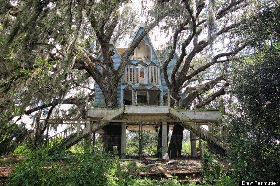 Esta Casa Del Árbol Abandonada Una Vez Fue Una Ostentosa Mansión