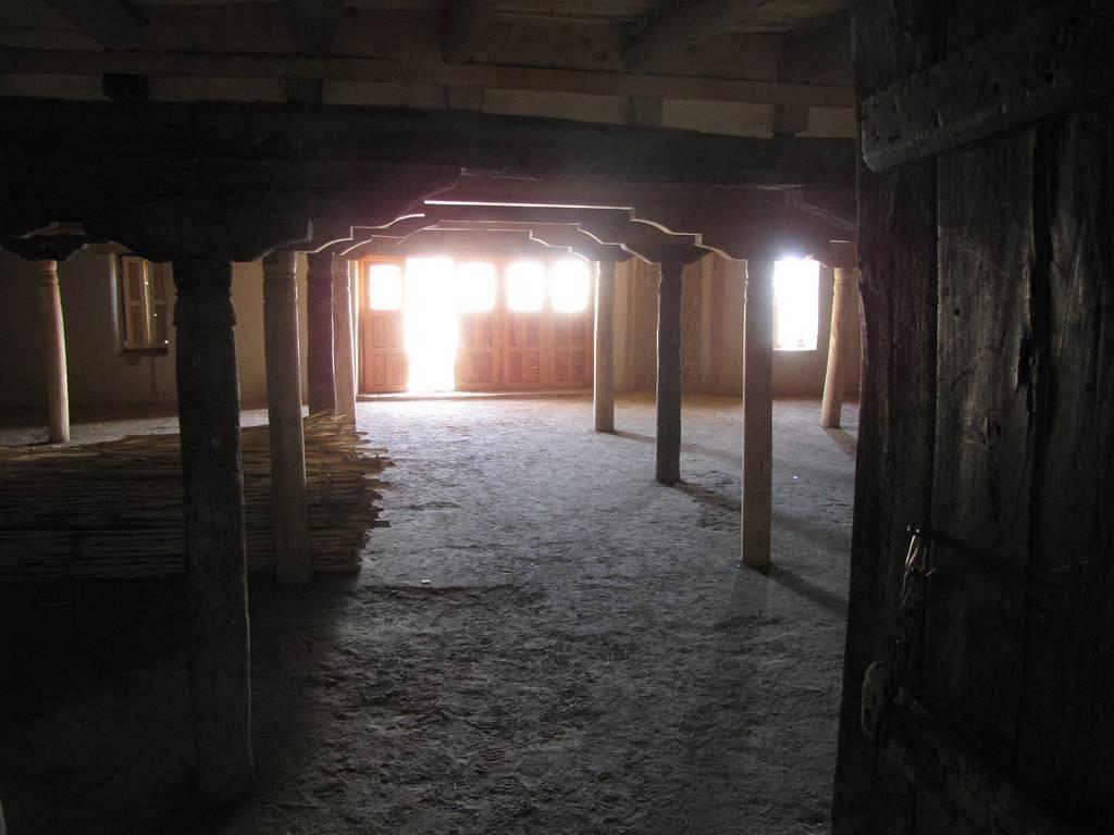 Columnas del Palacio de Leh