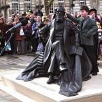Estatua de Charles Dickens en Portsmouth