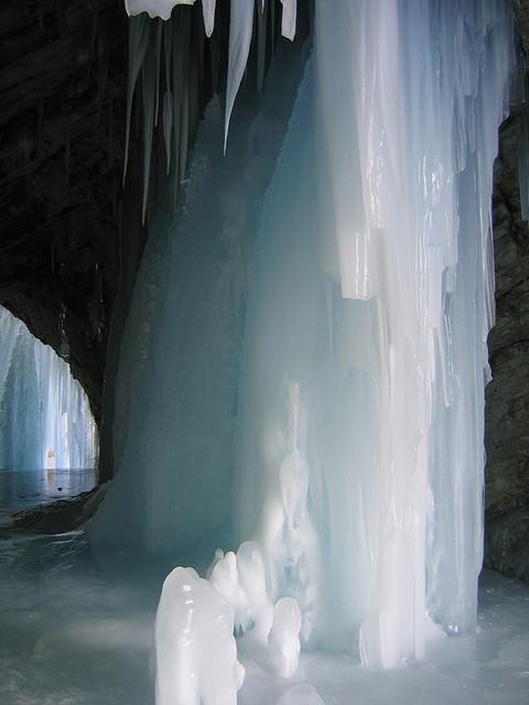 Cuevas de hielo, Tignes, Francia