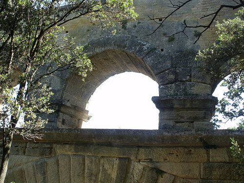 Pont du Gard - path up
