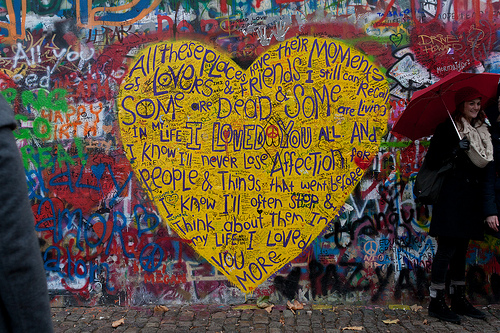 I Loved You - Muro de Lennon