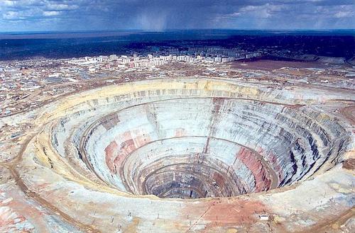 La Mina de diamantes Mir - 01