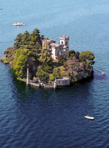 The World of Private Islands (English, German, French, Spanish and Italian Edition) 1