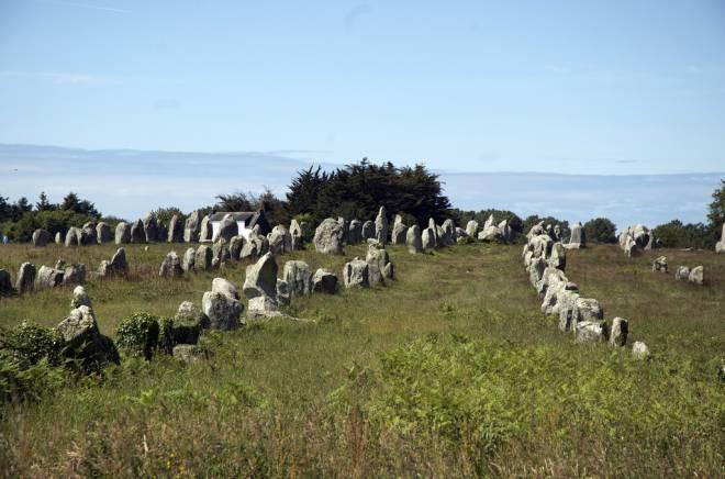 lines of stones