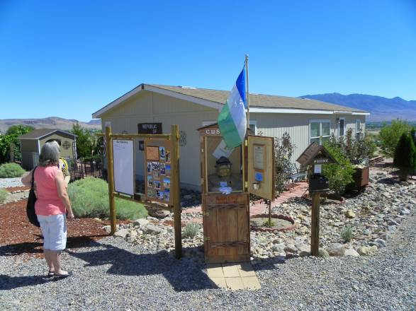Arriving at the Republic of Molossia