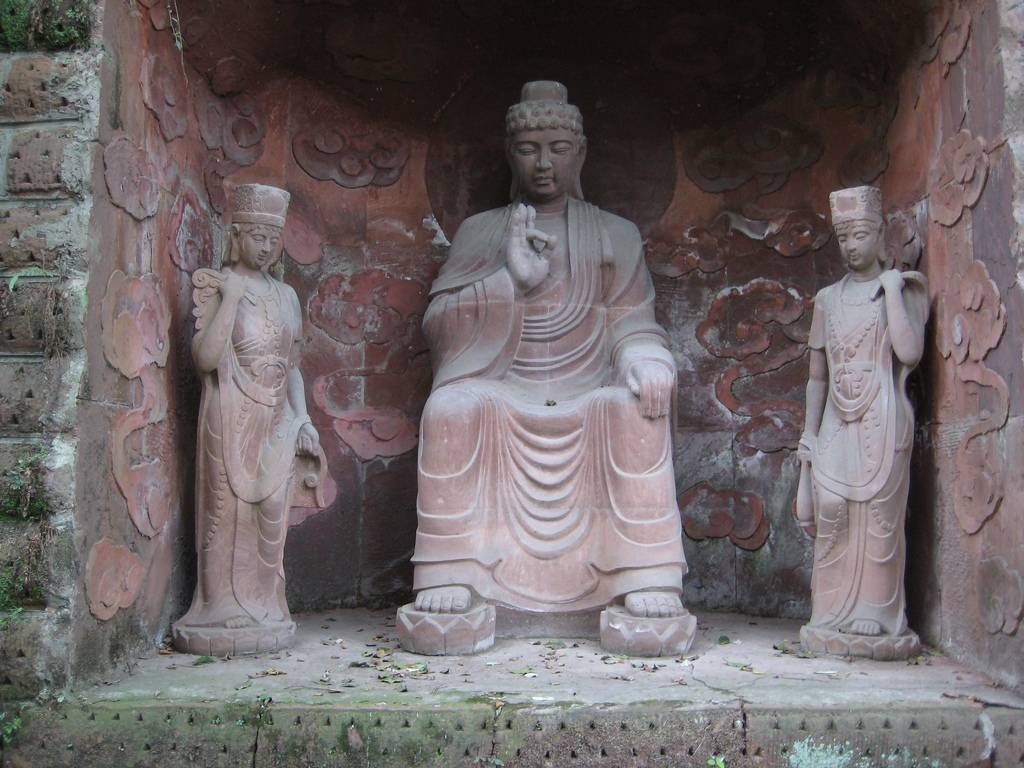 Further statues