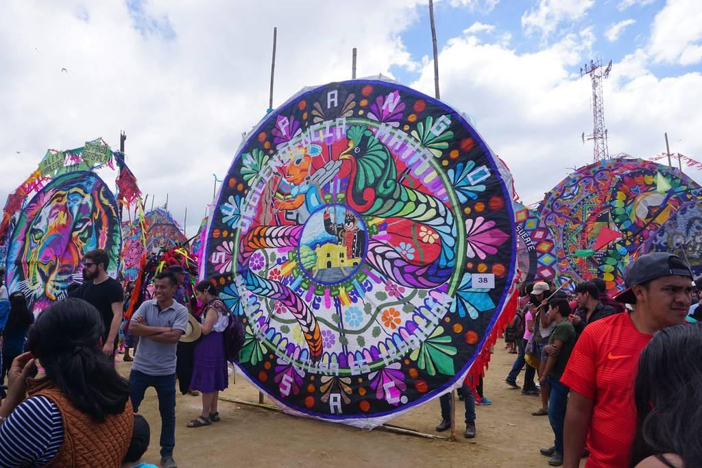 Festival de cometas gigantes en Guatemala