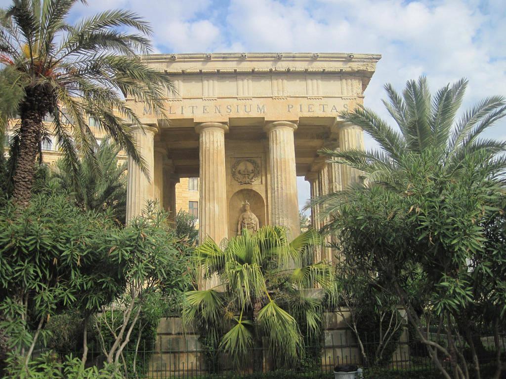 Lower Barracca Gardens, Valetta, Malta
