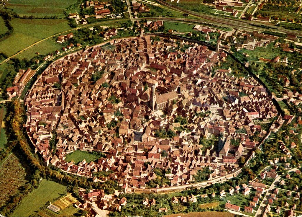 Nordlingen, la ciudad dentro de un cráter de meteorito
