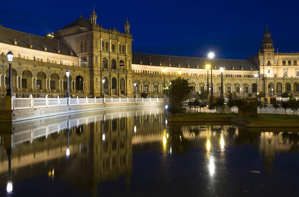 Plaza De España - Sevilla, Spain - 10 de los mejores lugares para viajar en 2018