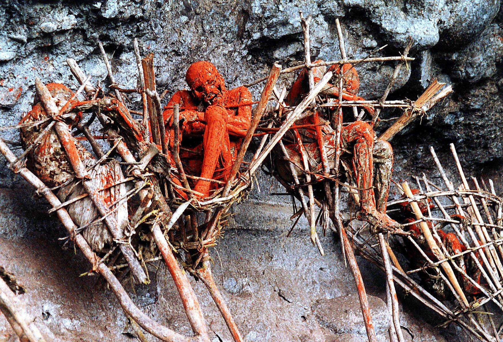 Las momias de los Anga en Oceanía