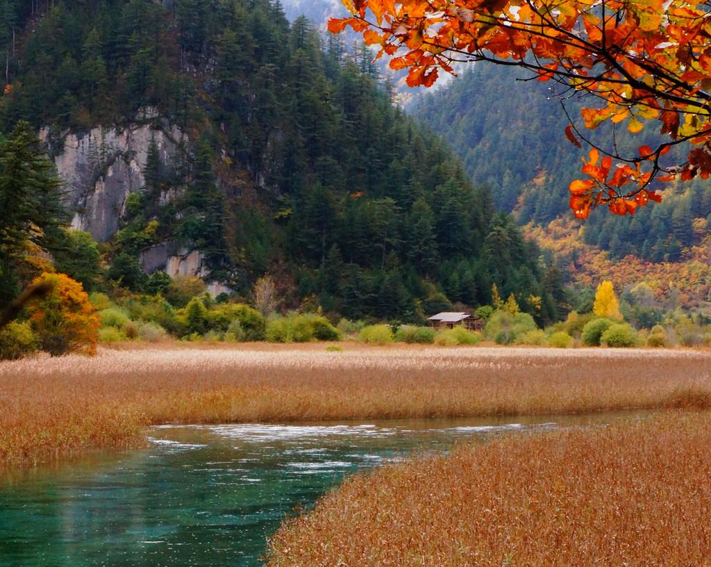 jiuzhaigou valley national park sichuan china