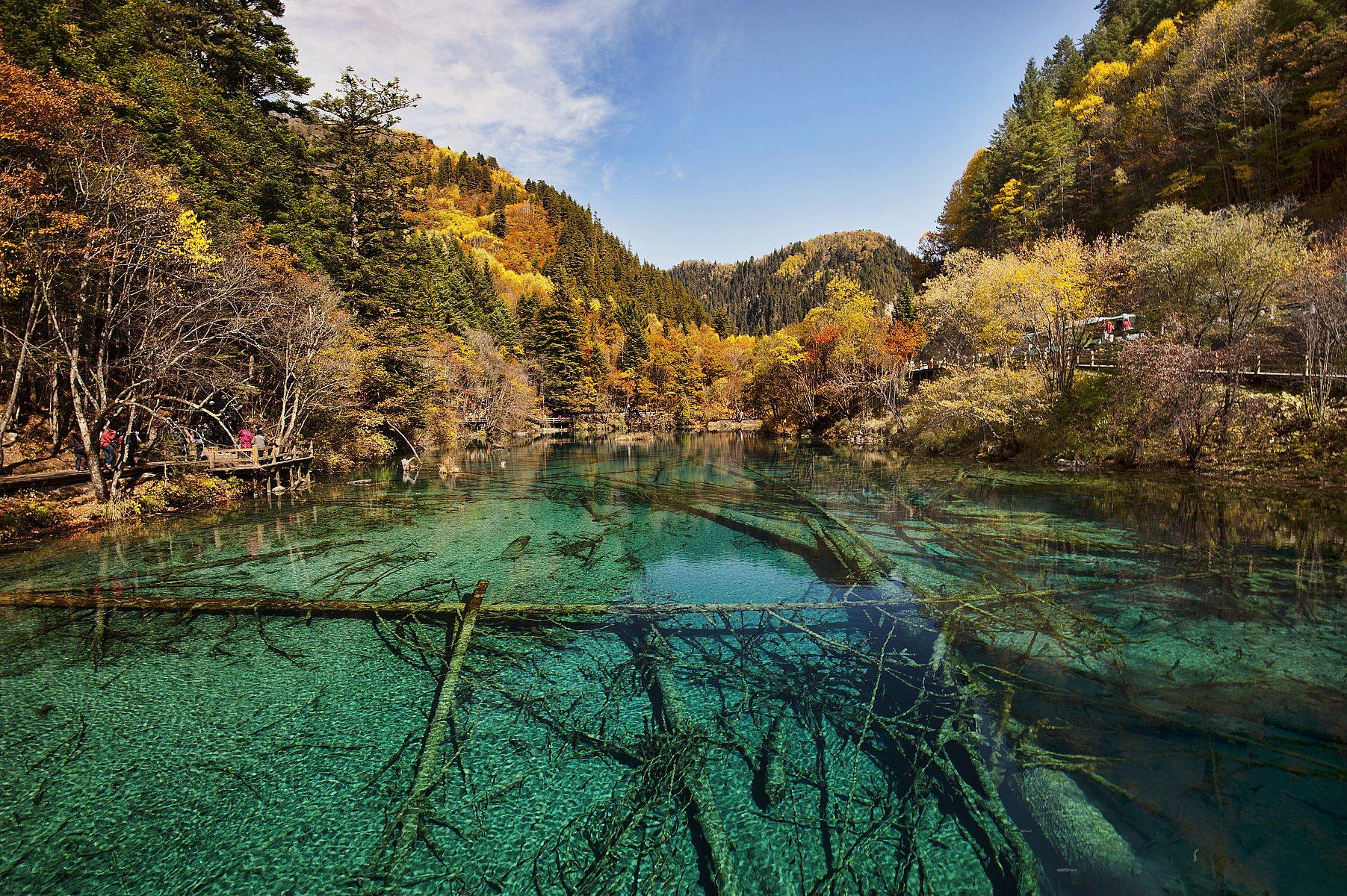 Los lagos alpinos y cascadas de Jiuzhaigou