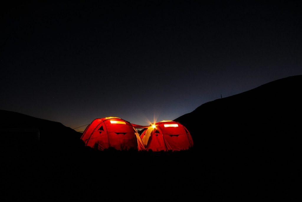 Mejores tiendas de campaña de 4 personas para excursionismo 1