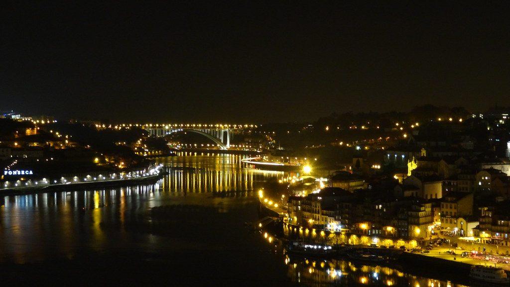 Vila Nova de Gaia, river Douro from Jardim do Morro [27.11.2015]