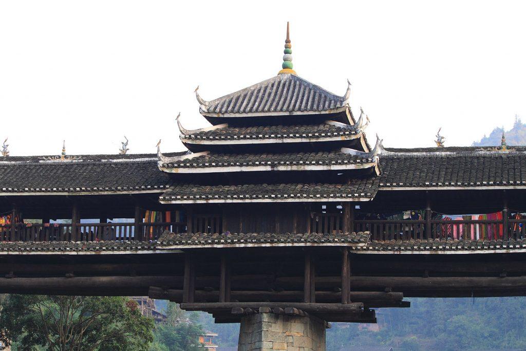 Sanjiang chengyang yongji qiao - Puente Chengyang: Puentes de viento y lluvia del pueblo Dong de China