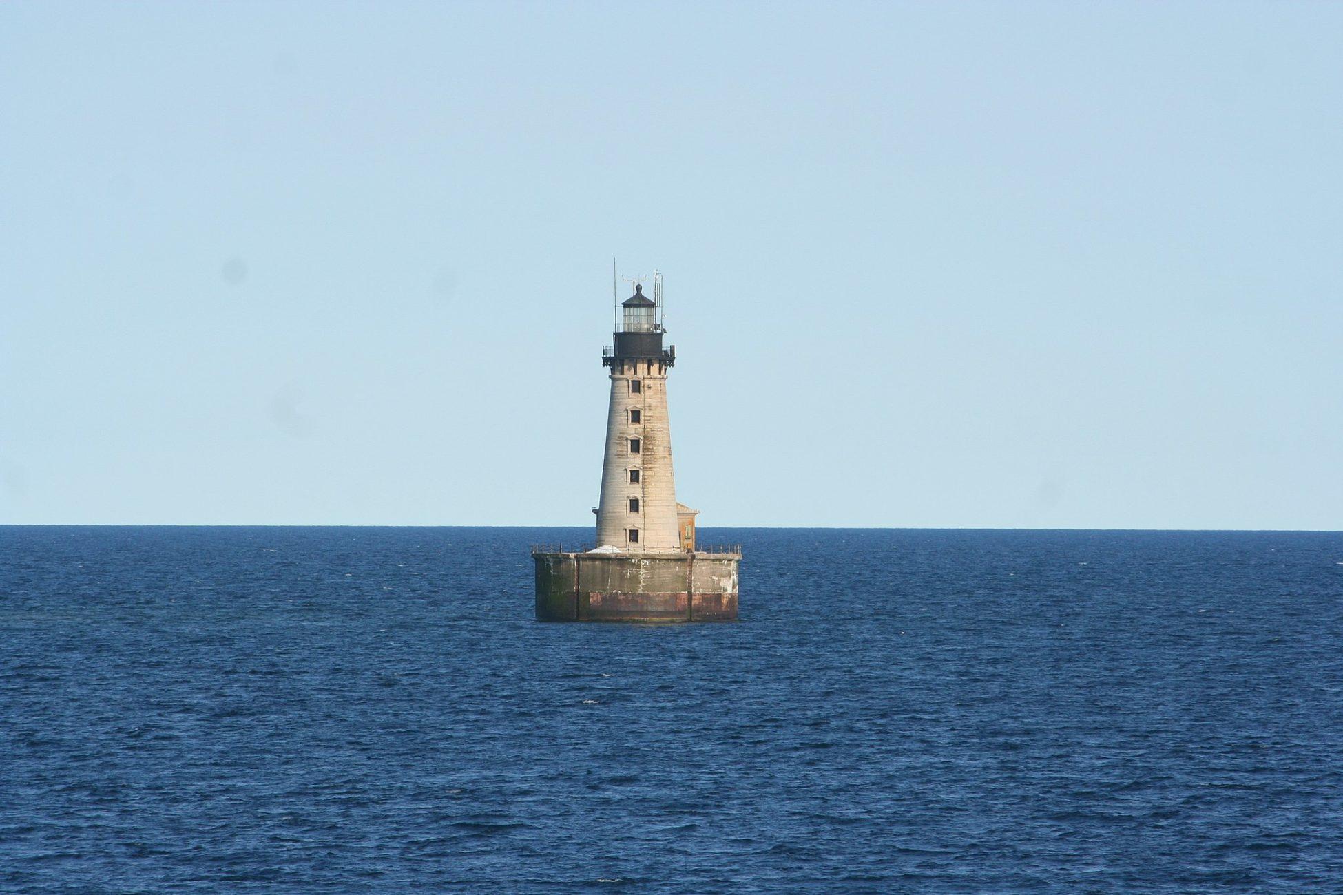 Faro Stannard Rock Light: la soledad llevada al límite