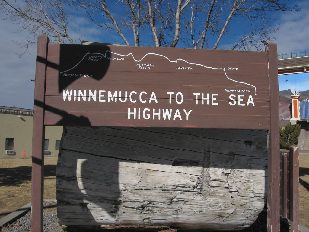 Indicador de la autopista Winnemucca to the Sea
