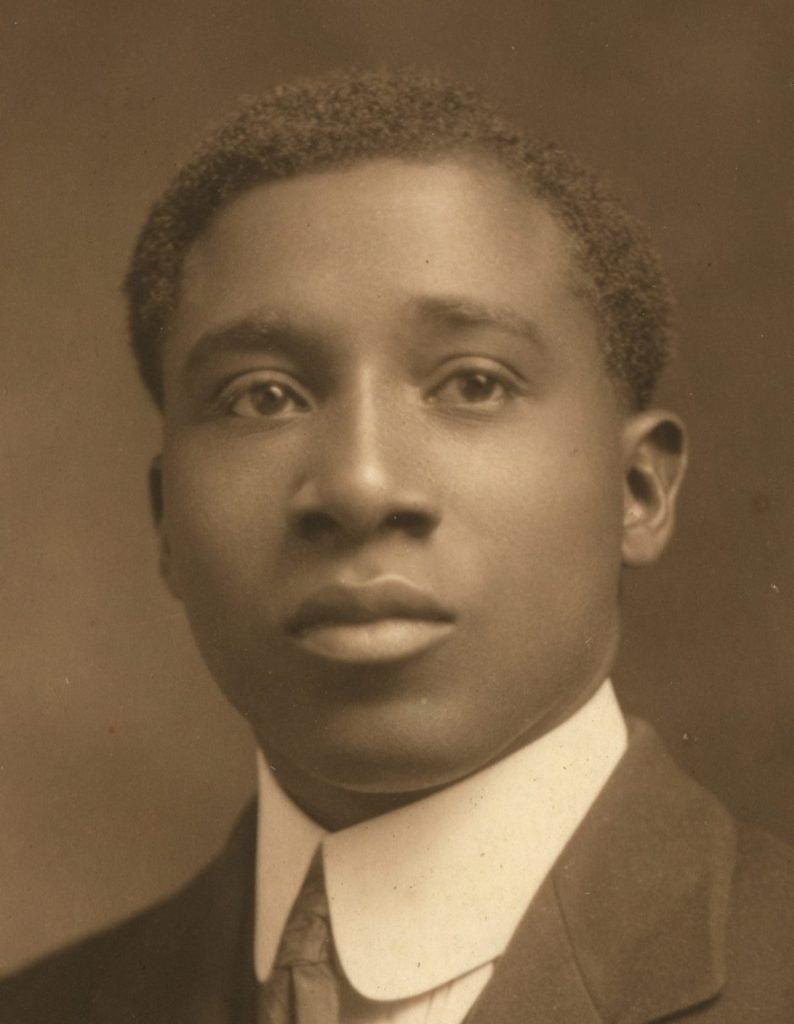 Retrato de Robert Nathaniel Dett en los años 20. Crédito desconocido.